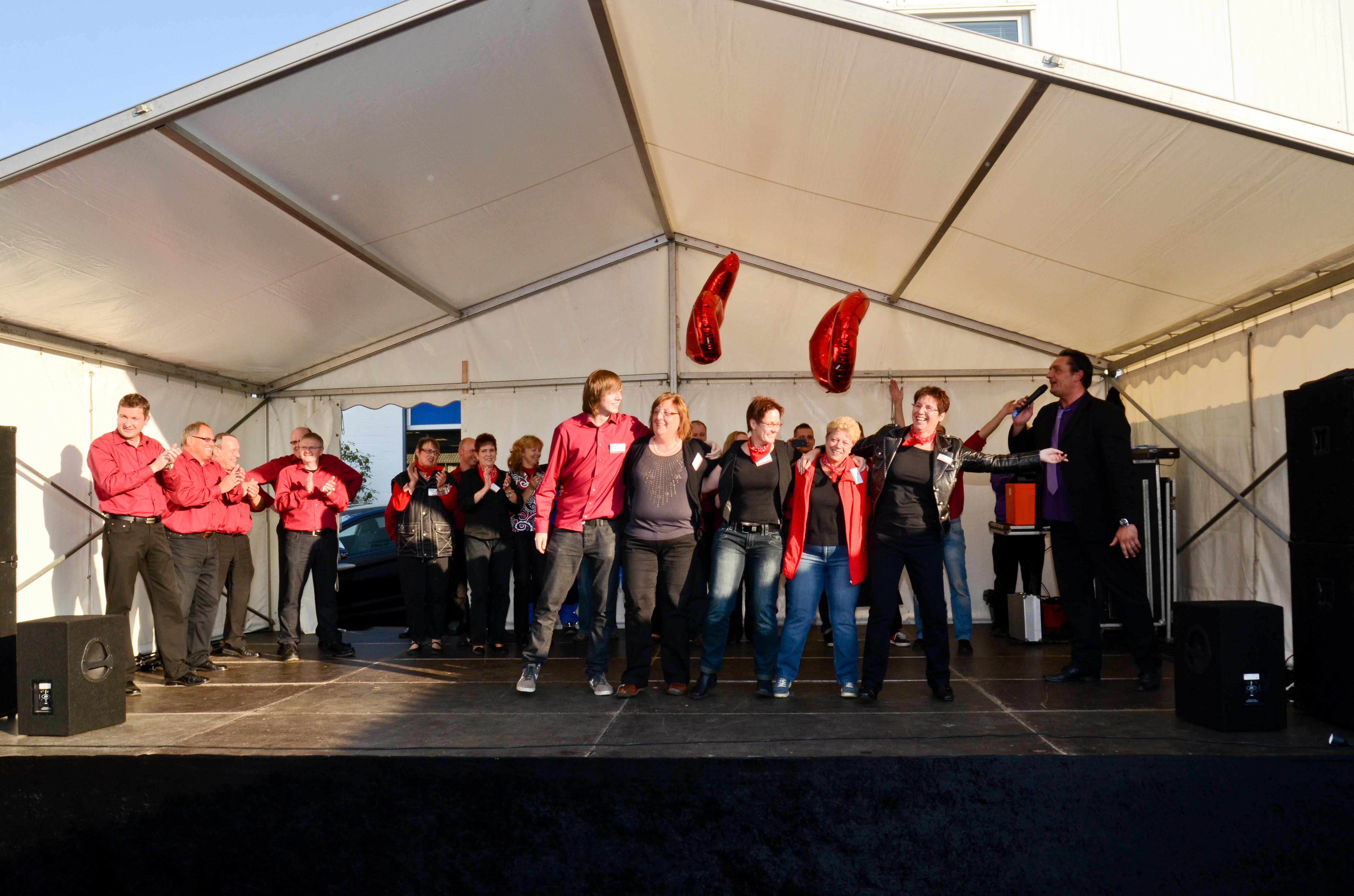 2011-Jubiläum Bühne Mitarbeiter