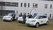 Stadt Frankfurt setzt auf E-Mobilität: Drei Kia Soul EV* künftig für das Ordnungsamt im Einsatz