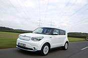 Kultiges E-Mobil mitten in der City testen: Kia Soul EV auf Roadshow durch Niedersachsen
