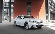 LEXUS GS 450H GEWINNT VERGLEICHSTEST