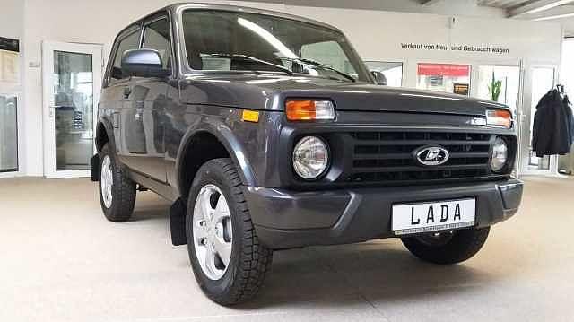Lada Urban 4x4 Plus